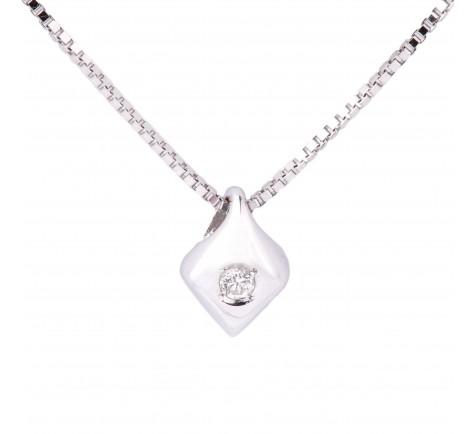Colgante con cadena en diamante de 0,045 cts en oro 18K