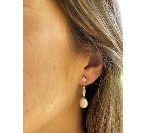 Pendientes de circonitas y perlas en oro de 18K